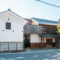 Japanese-style winery building with sericulture farm characteristics (Katsunuma Winery Co., Ltd.)